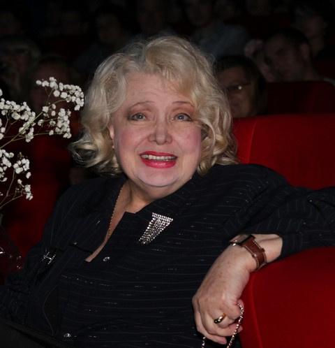 «Бояков сорвал афишу и топтал ее ногами»: новые подробности скандала в театре Дорониной