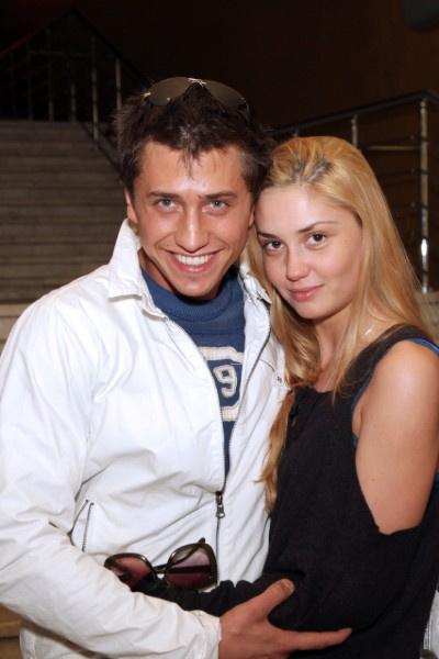 Агата Муцениеце и Павел Прилучный поженились восемь лет назад