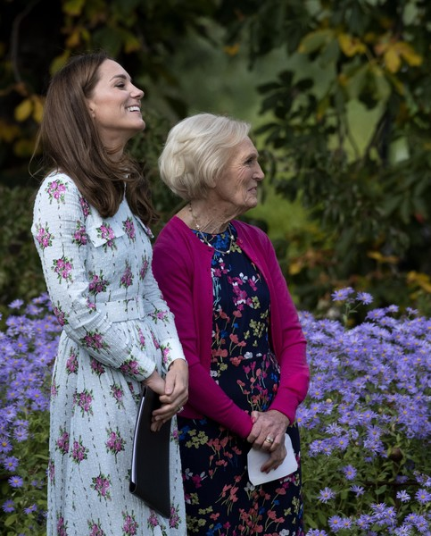 Поклонники считают, что у Кейт округлился живот