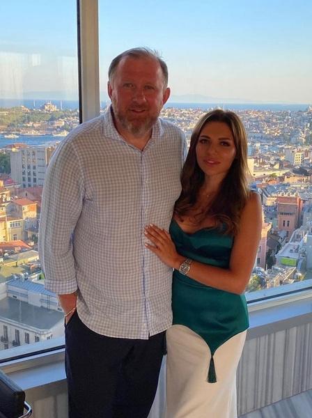 Константин Ивлев с женой Лерой