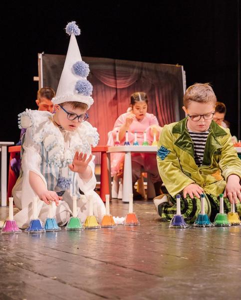 Недавно 9-летний Семен дебютировал на сцене в роли Пьеро