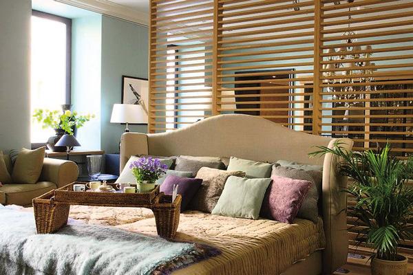 В салонах Степана можно было приобрести как готовые интерьеры, так и отдельные предметы мебели и декора