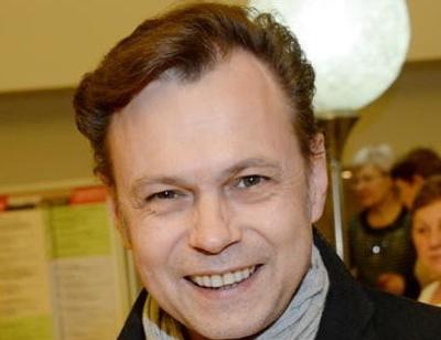 «Вика чувствует себя нормально»: Владимир Левкин об онкологии дочери