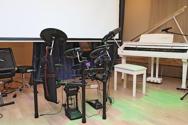 Кудикова не отдала представителям Пугачевой рояль и другие инструменты, которые Примадонна покупала для школы