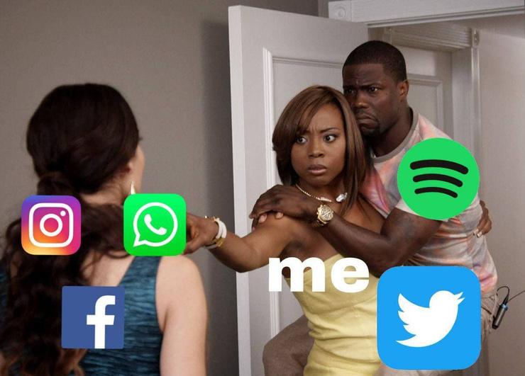 Новости: Наташа, Марк все уронил: шутки и мемы про глобальный сбой в работе Facebook, WhatsApp и Instagram  – фото №17