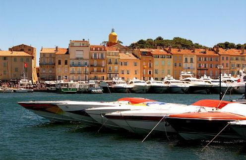 Яхты в Сен-Тропе по-прежнему модно называть лодками.