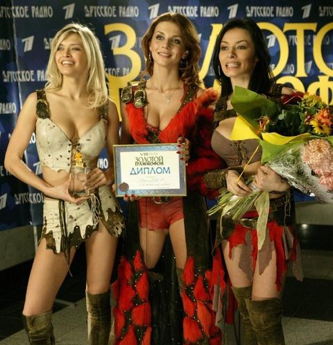 Вера Брежнева, Анна Седакова и Надежда Мейхер в составе группы «ВИА Гра»