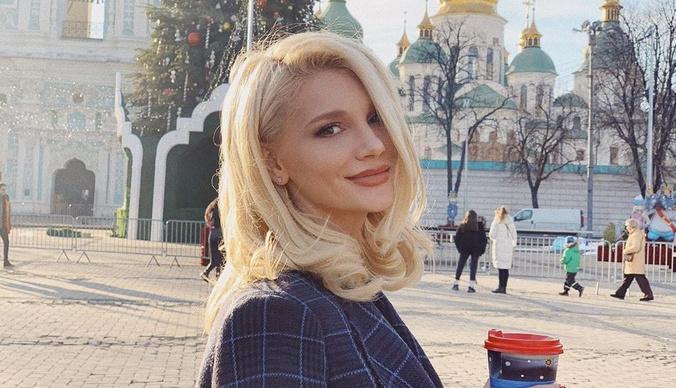 Миша Романова: «Отец моего ребенка выставил нас на улицу»