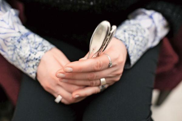 О массаже этими волшебными руками с элеронами мечтает вся светская Москва