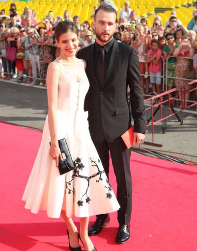 Анна Чиповская с женихом