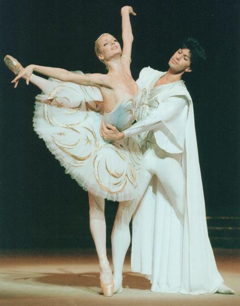Одно время Николай Цискаридзе был партнером балерины