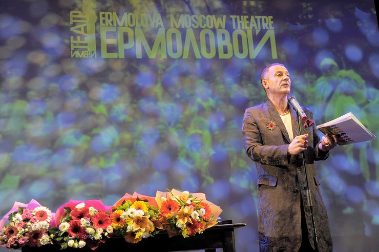 В 2012-м Олега Меньшикова назначили худруком Театра имени Ермоловой