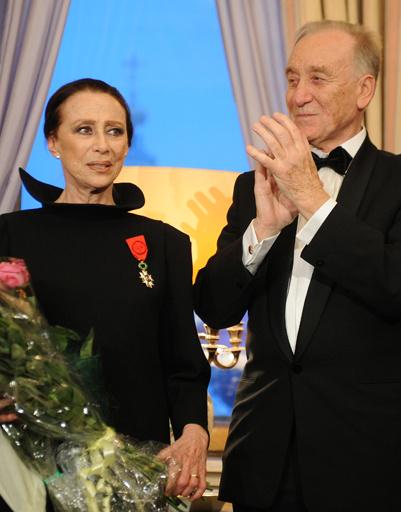 С мужем Родионом Щедриным на церемонии вручения ордена Почетного легиона, 2012 год