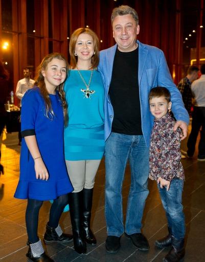 Брат Максима Галкина Дмитрий с супругой и детьми