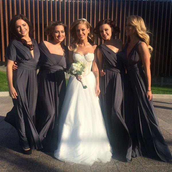 Рита Дакота и подружки невесты перед началом торжества