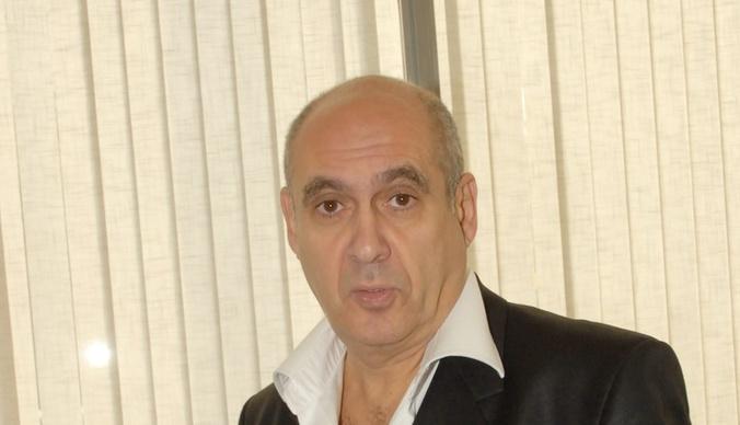 Бывшая жена Яна Арлазорова: «Я отговаривала дочь идти на похороны отца»