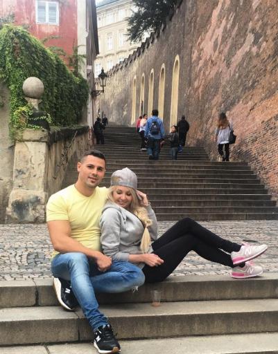 Сергей признается, что обожает свою жену