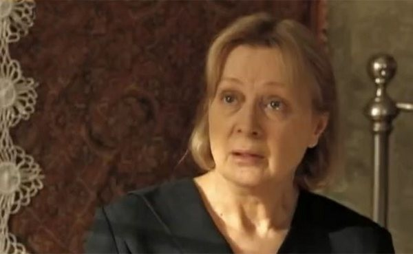 Нелли Пшенная в сериале «До свидания, мальчики» (2014)