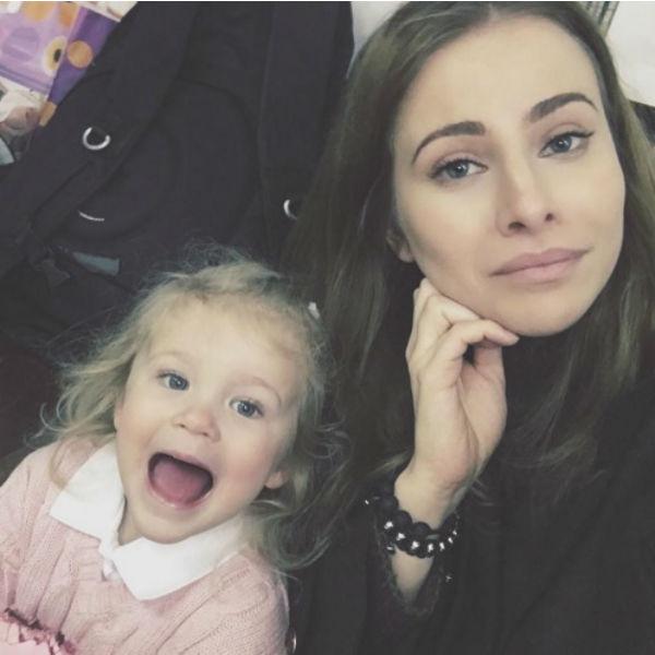 Тата Бондарчук с дочкой