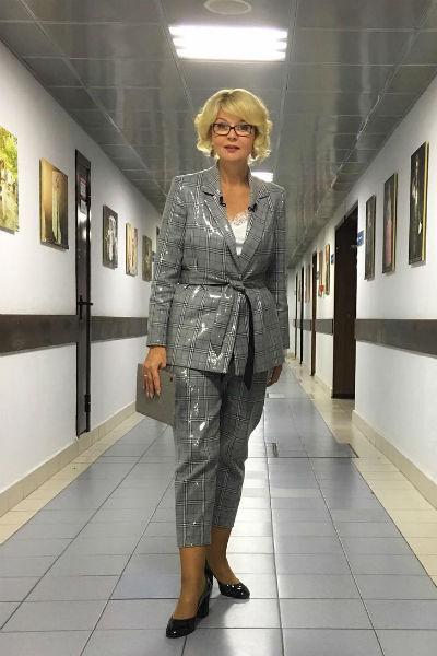 Юлия Меньшова также ведет «Сегодня вечером»