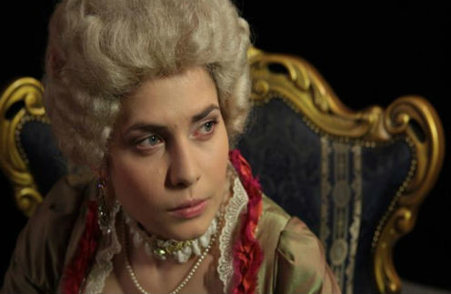 Актриса уже примерила образ дамы XVIII века