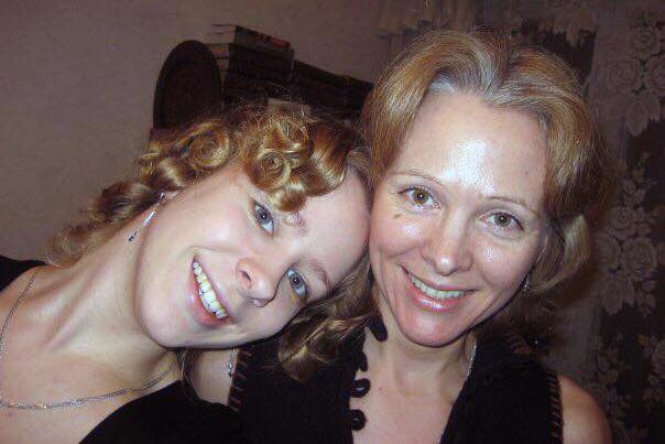 Полина Чекан с мамой Софьей Горшковой