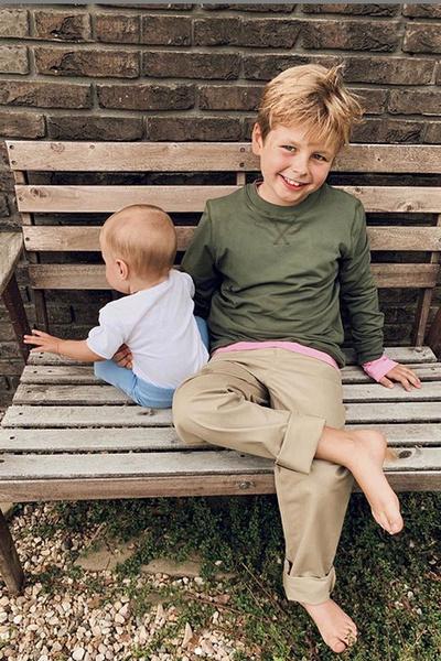 У пары двое совместных детей — Теодор и Серафим