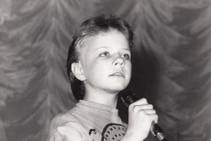 С детства Лена увлекалась музыкой