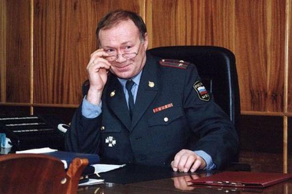 Юрий Кузнецов в роли Мухомора