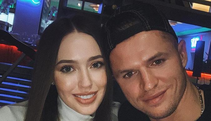 Жена Дмитрия Тарасова впервые показала лицо подросшей дочери