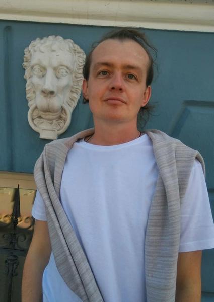 Май Абрикосов раскритиковал поведение артистки