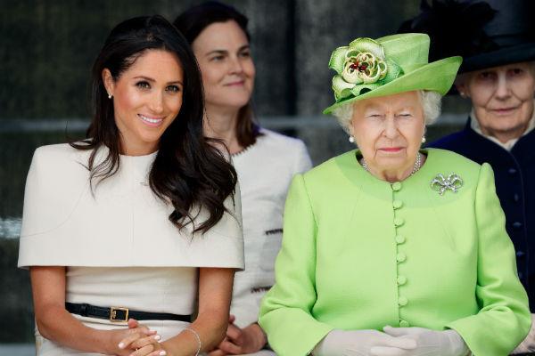 Несколько месяцев назад журналисты выяснили, что даже королева Елизавета II недовольна крупными тратами Меган