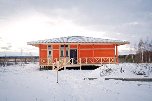 Коттедж Логинова находится в двух часах езды от Москвы в поселке «Велегож Парк Приволье»