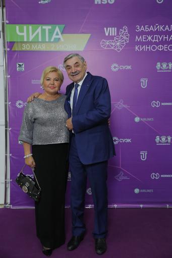 Александр Панкратов-Черный с супругой