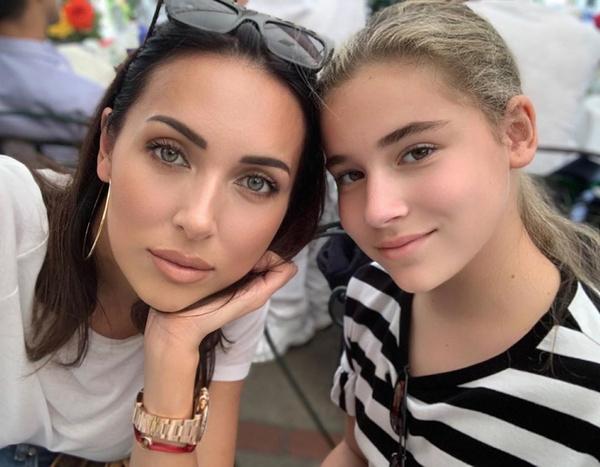 Алсу во всем поддерживает дочь