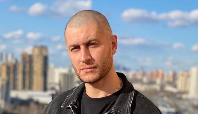 Дава закупил одежду на миллион рублей