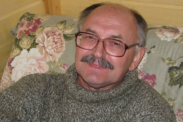 Валерий Владимирович работал на машиностроительном заводе