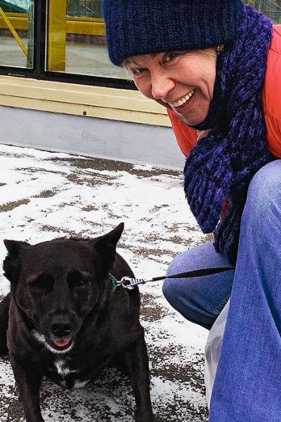 «Ириска приучила нас к дисциплине», — говорит Татьяна о любимой собаке из приюта