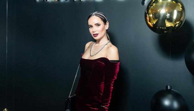 Айза Анохина: «Вернула мужу 15 миллионов рублей»