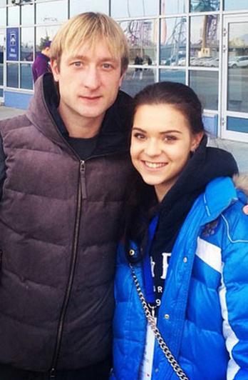 Аделина близко дружит с Плющенко и членами его семьи