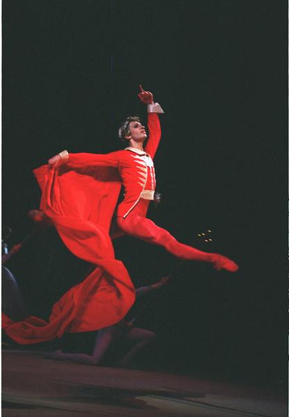 Талантливый танцовщик покорил мир балета
