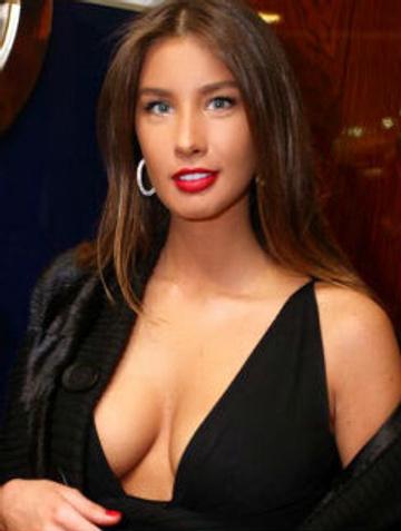 Певица Кети Топурия