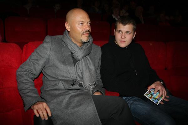 Сергей давно решил продолжить кинематографическую династию