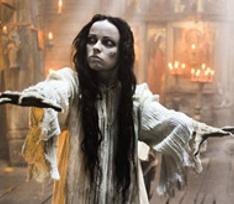 На съемках нового «Вия» спали в гробу и жили с привидениями
