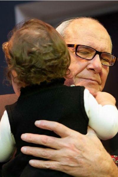 Артист стал папой в 78 лет