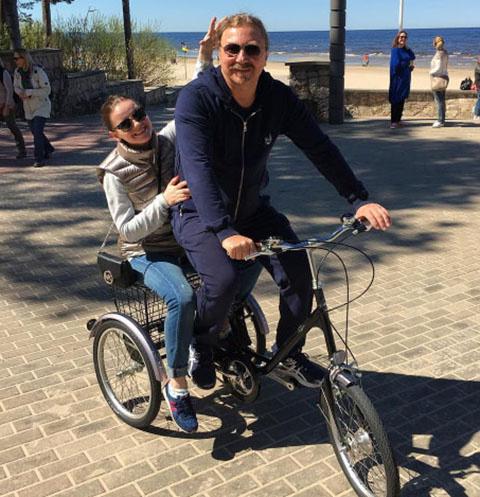Игорь Николаев и Юлия Проскурякова отдыхают в Юрмале