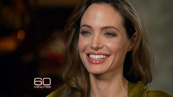 Анджелина Джоли заявила, что они с Брэдом Питтом всегда будут семьей
