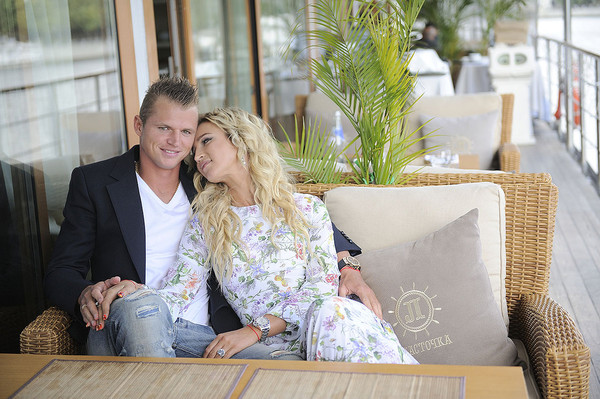 Ольга Бузова и Дмитрий Тарасов были в браке до декабря 2016 года
