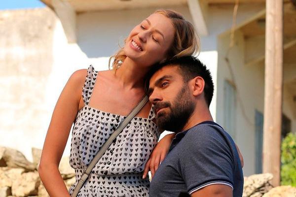 На качелях судьбы. Болезненные отношения, приписанные романы и короткий брак Евгении Лозы