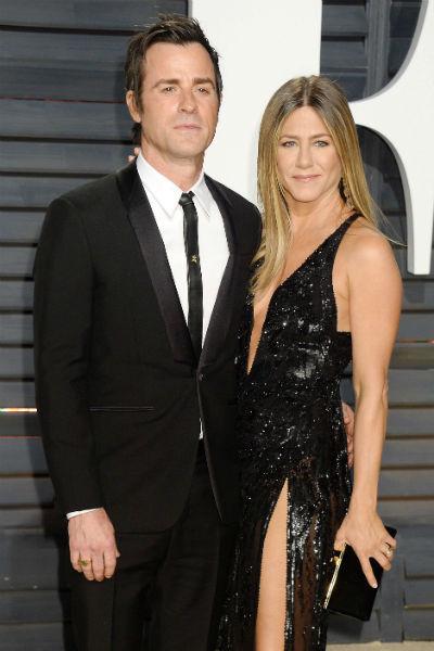В феврале 2018 года Энистон заявила о разводе со вторым мужем Джастином Теру